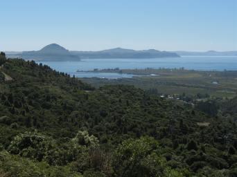 lake-taupo-nz-1